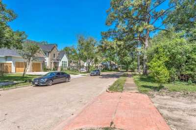 Off Market | 12807 Figaro Drive Houston, Texas 77024 10