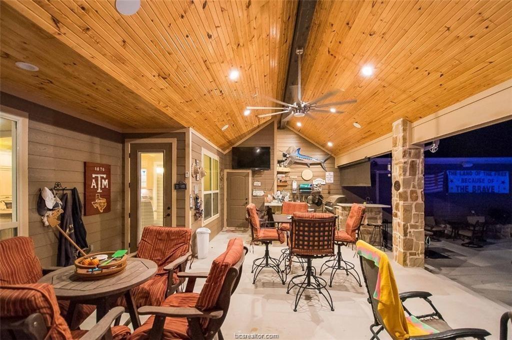 Active   4367 Quiet Waters Lane North Zulch, Texas 77872 39
