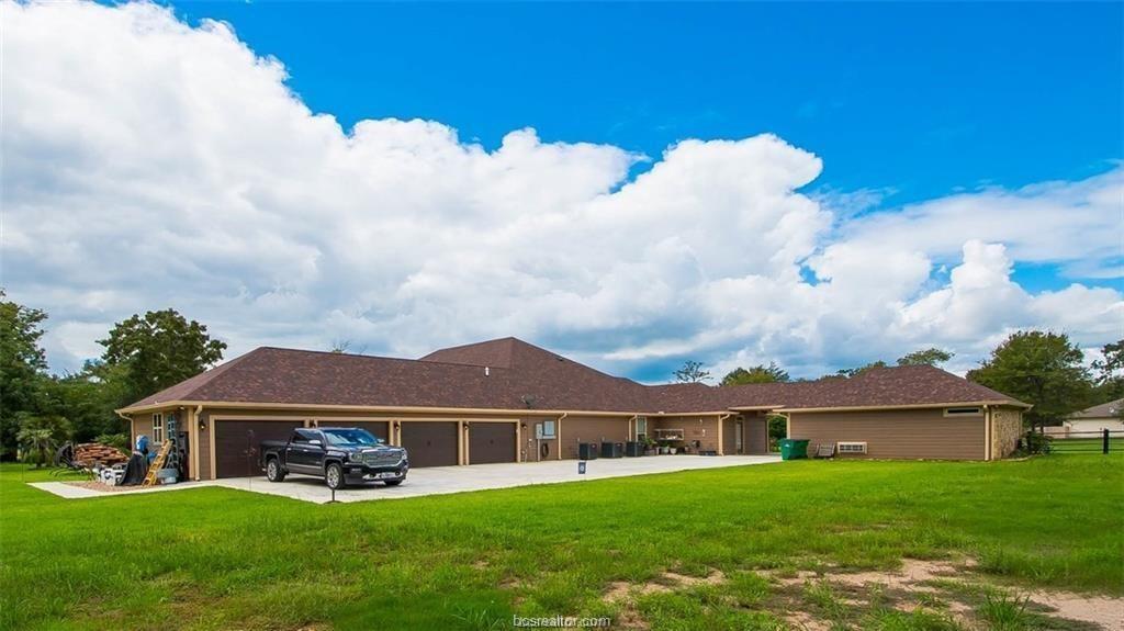 Active   4367 Quiet Waters Lane North Zulch, Texas 77872 43