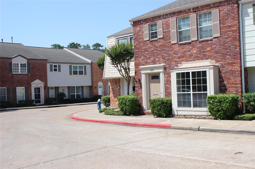 Active | 12647 Rip Van Winkle Drive #25 Houston, Texas 77024 1