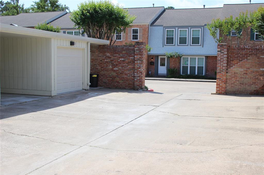 Active | 12647 Rip Van Winkle Drive #25 Houston, Texas 77024 2