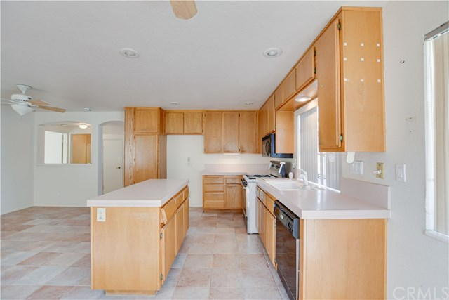 Pending | 6370 Colonial Avenue Banning, CA 92220 21