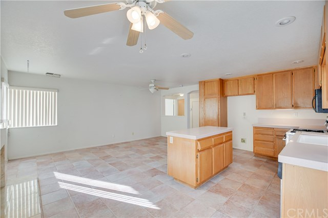 Pending | 6370 Colonial Avenue Banning, CA 92220 22