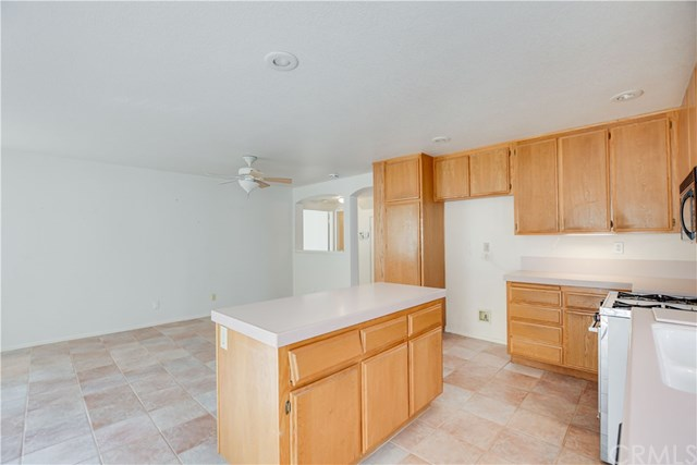 Pending | 6370 Colonial Avenue Banning, CA 92220 23