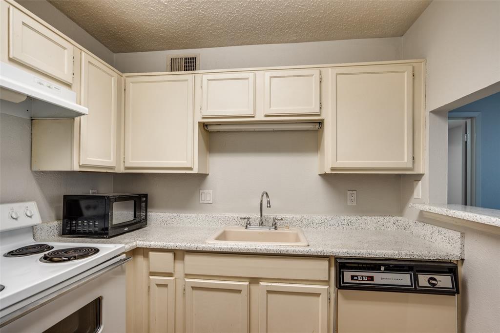Active Option Contract | 18333 Roehampton  Drive #1515 Dallas, TX 75252 11
