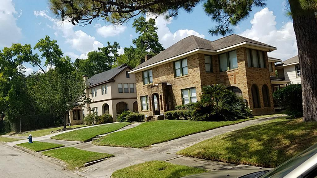 Active | 2611 Prospect Street Houston, TX 77004 1