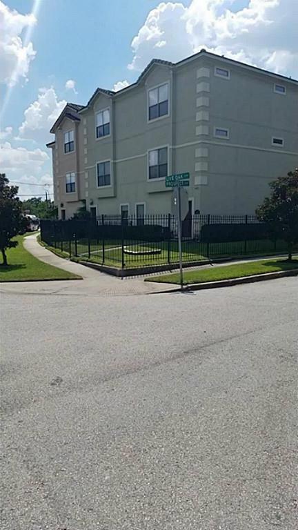 Active | 2611 Prospect Street Houston, TX 77004 4