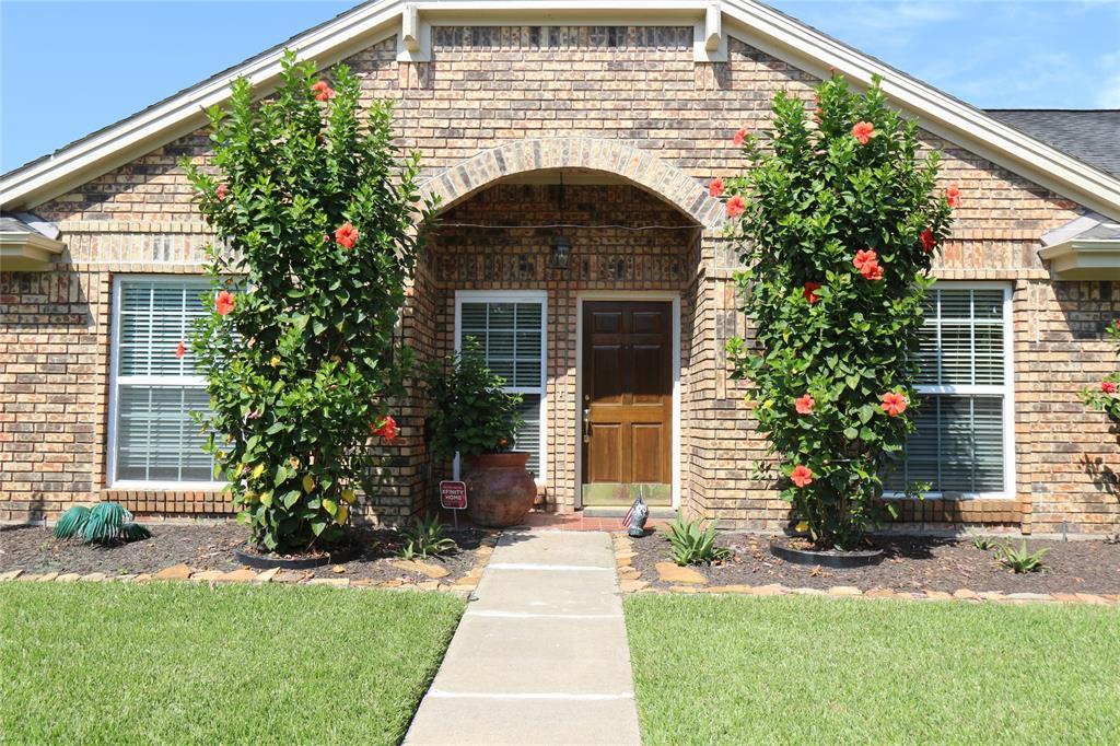 Pending | 3211 Cumberland Drive Missouri City, Texas 77459 1