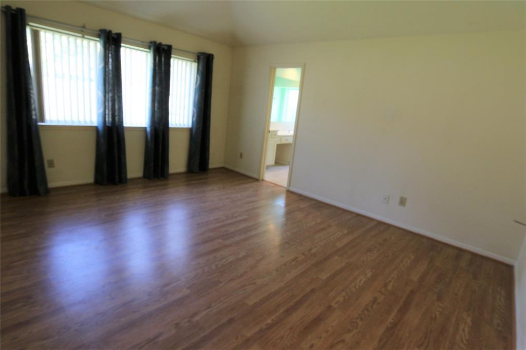 Pending | 3211 Cumberland Drive Missouri City, Texas 77459 19