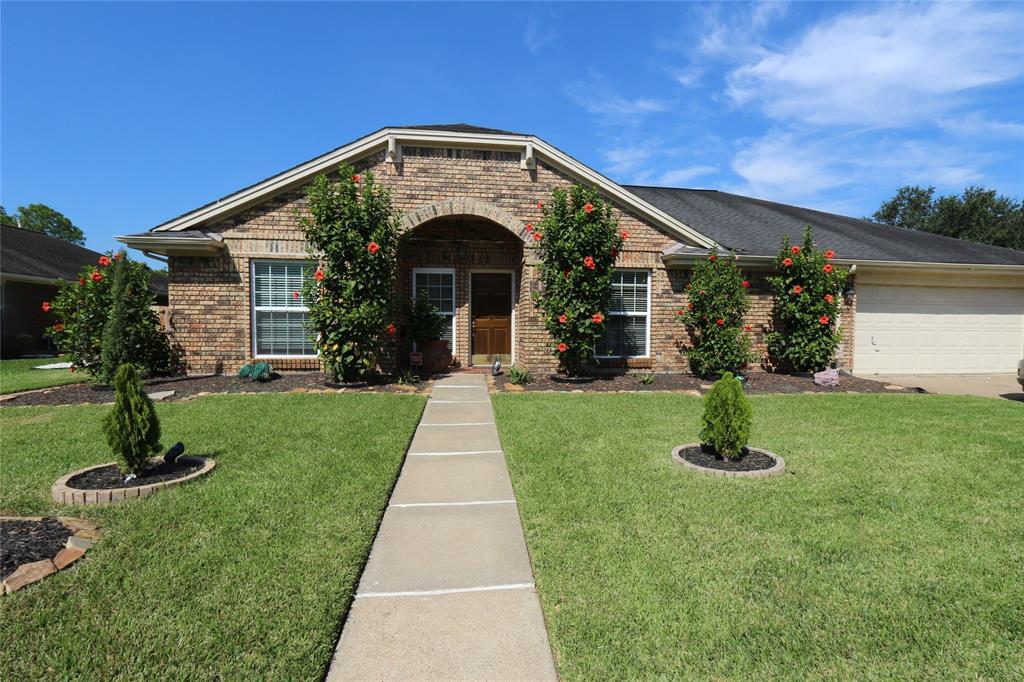 Pending | 3211 Cumberland Drive Missouri City, Texas 77459 35