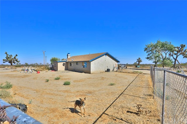 Closed | 14330 Schlitz  Road Phelan, CA 92371 29