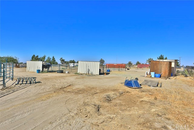 Closed | 14330 Schlitz  Road Phelan, CA 92371 32