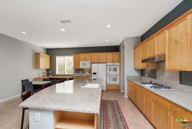 Closed   2160 N Hermosa Drive Palm Springs, CA 92262 9