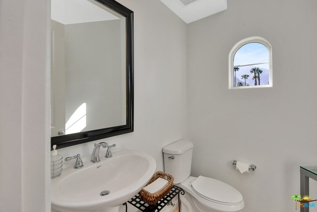 Closed   2160 N Hermosa Drive Palm Springs, CA 92262 22