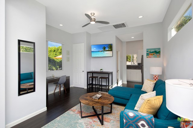 Closed   2160 N Hermosa Drive Palm Springs, CA 92262 39