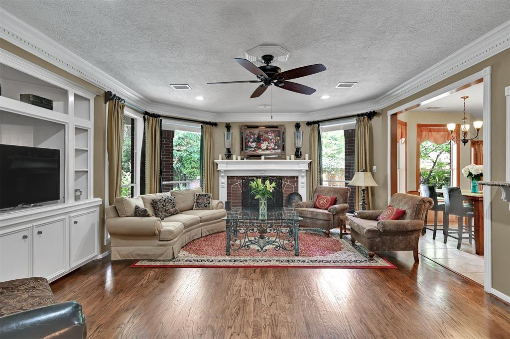 Active | 6 Raintree  Place The Woodlands, TX 77381 10