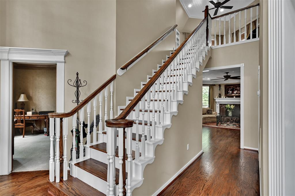 Active | 6 Raintree  Place The Woodlands, TX 77381 4