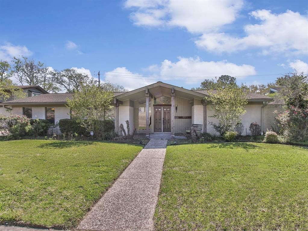 Off Market | 9711 Cedarhurst Drive Houston, Texas 77096 0