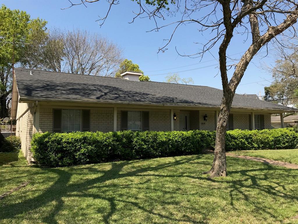 Off Market   3839 SUN VALLEY Drive Houston, Texas 77025 2