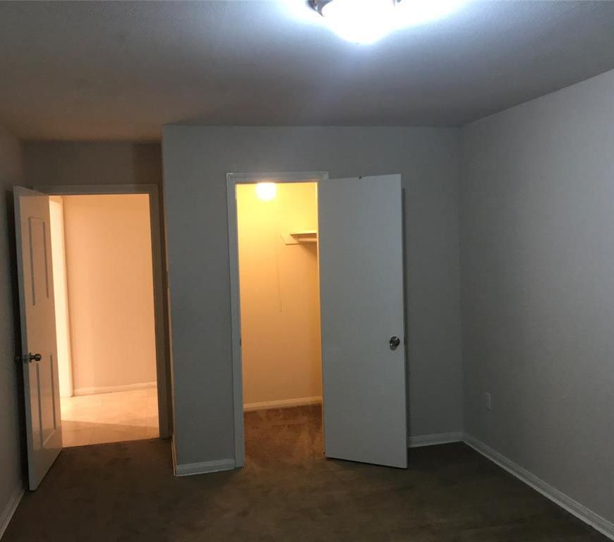 Off Market   3839 SUN VALLEY Drive Houston, Texas 77025 8