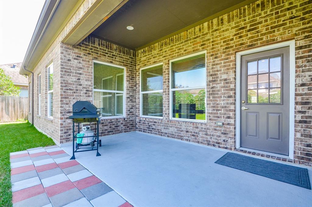 Pending | 12405 Pepper Creek  Lane Pearland, TX 77584 26