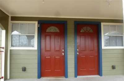 Off Market | 4409 Hershe Street #4 Houston, Texas 77020 5