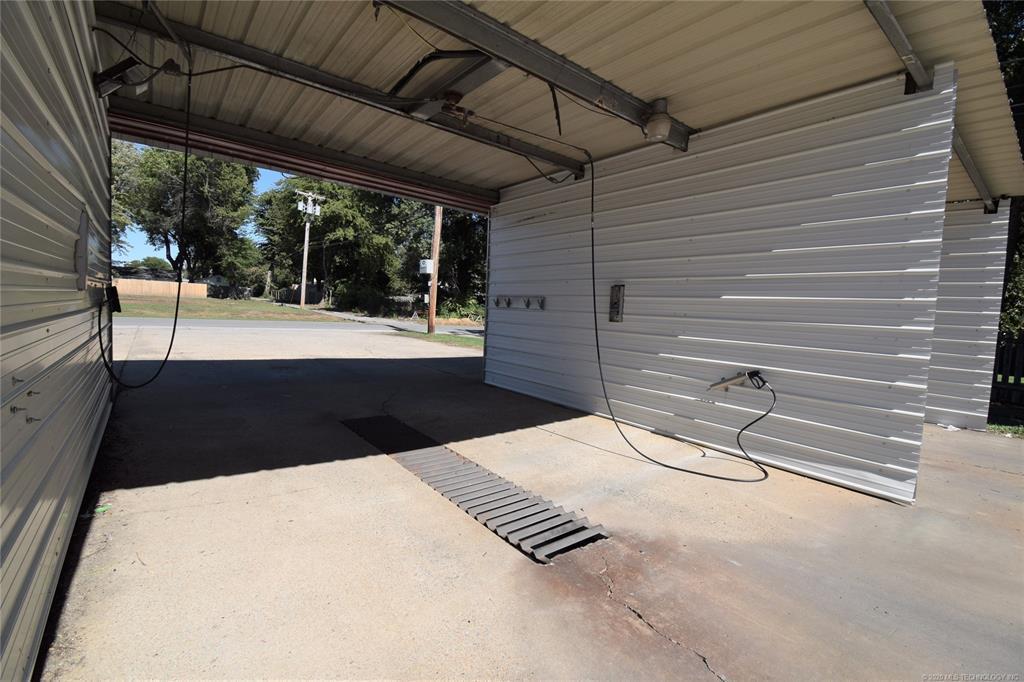Active | 301 S Adair Street Pryor, Oklahoma 74361 11