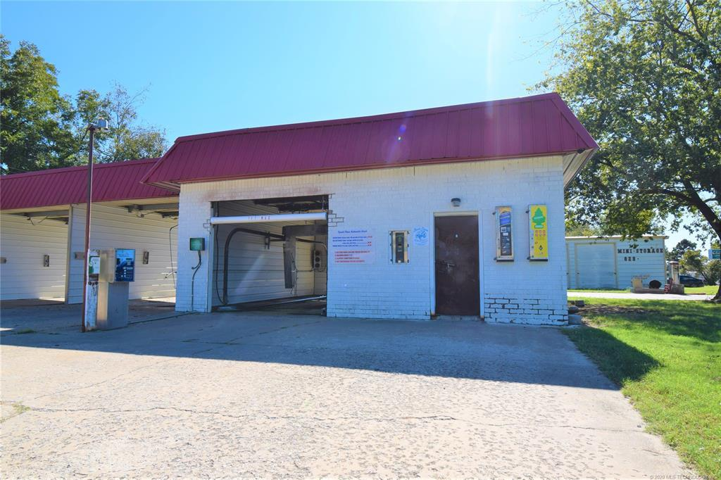 Active | 301 S Adair Street Pryor, Oklahoma 74361 3