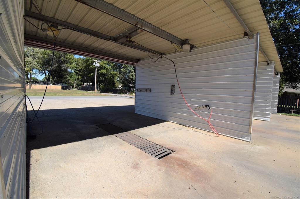 Active | 301 S Adair Street Pryor, Oklahoma 74361 9
