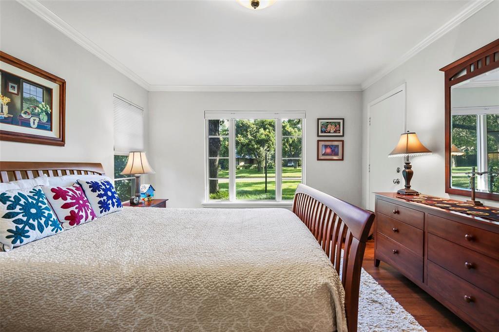 Active Option Contract | 827 W Greenbriar  Lane Dallas, TX 75208 18