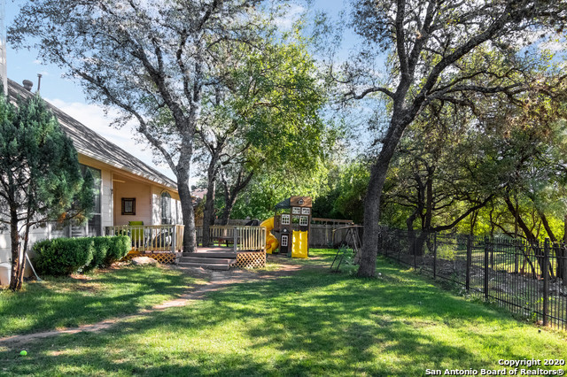 Active Option |  Helotes, TX 78023 26