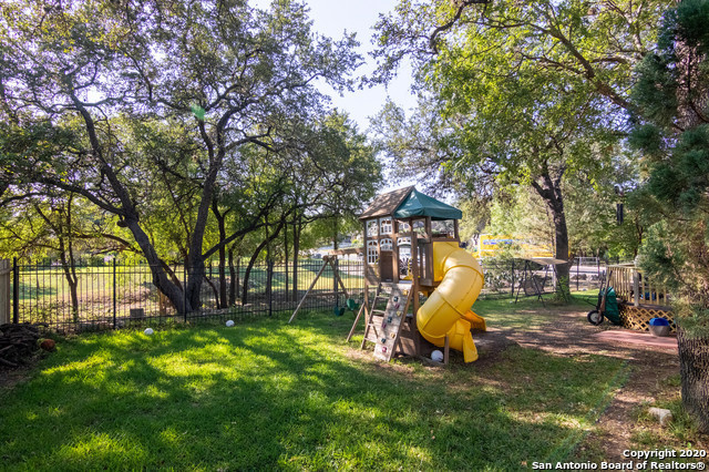 Active Option |  Helotes, TX 78023 27