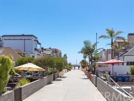 Closed | 47 6th (aka 42 7th Court) Street Hermosa Beach, CA 90254 2