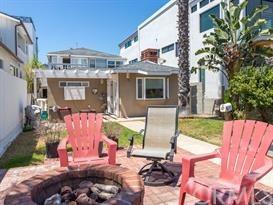 Closed | 47 6th (aka 42 7th Court) Street Hermosa Beach, CA 90254 5