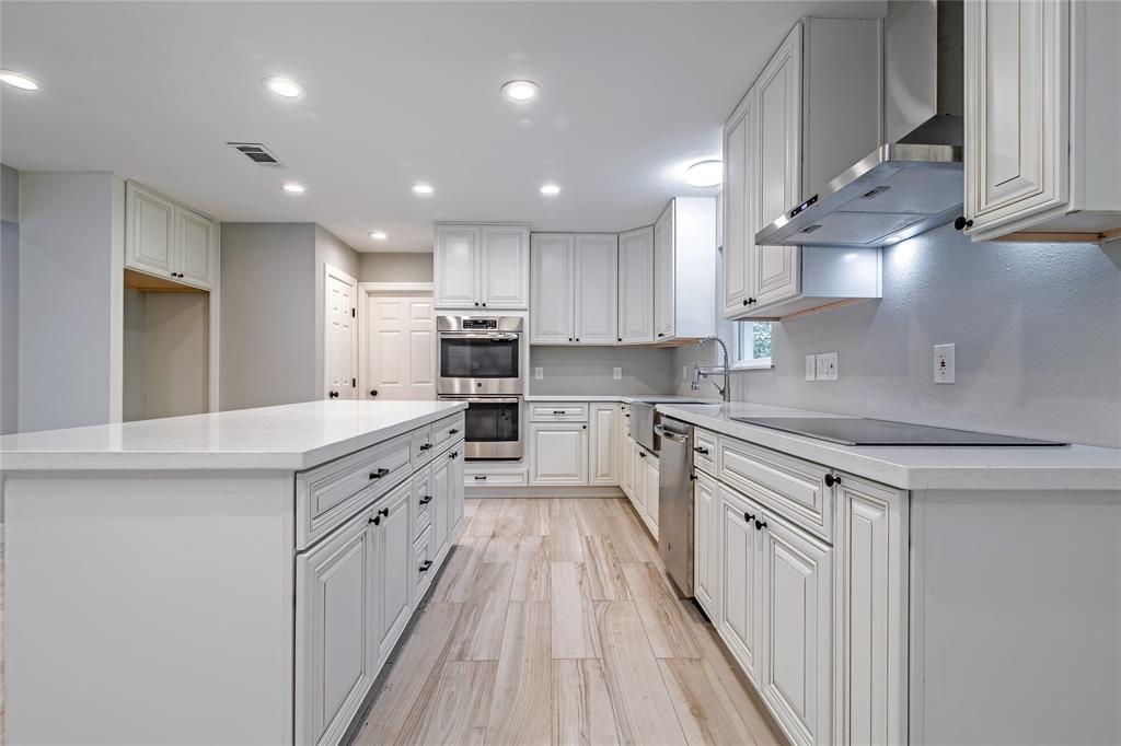 Renovated Home in Meyerland  | 5222 Braesheather Drive Houston, Texas 77096 3