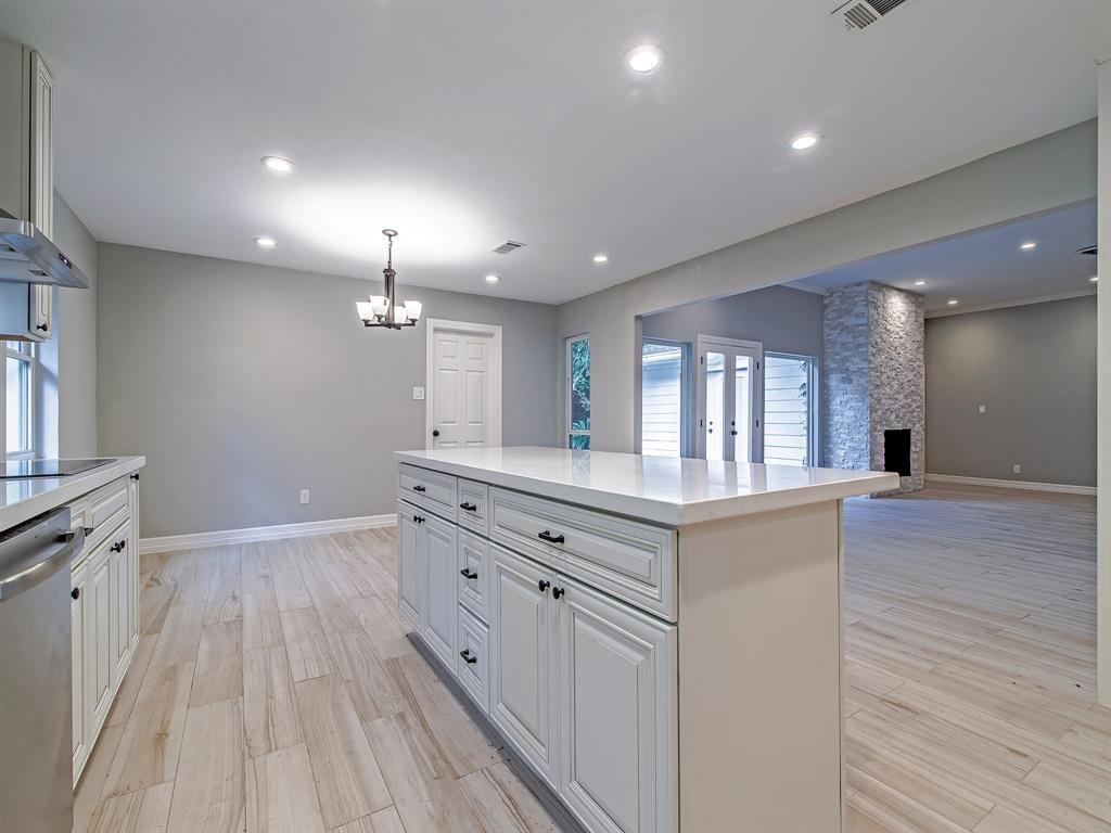 Renovated Home in Meyerland  | 5222 Braesheather Drive Houston, Texas 77096 13