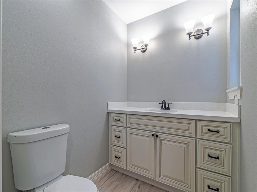 Renovated Home in Meyerland  | 5222 Braesheather Drive Houston, Texas 77096 15
