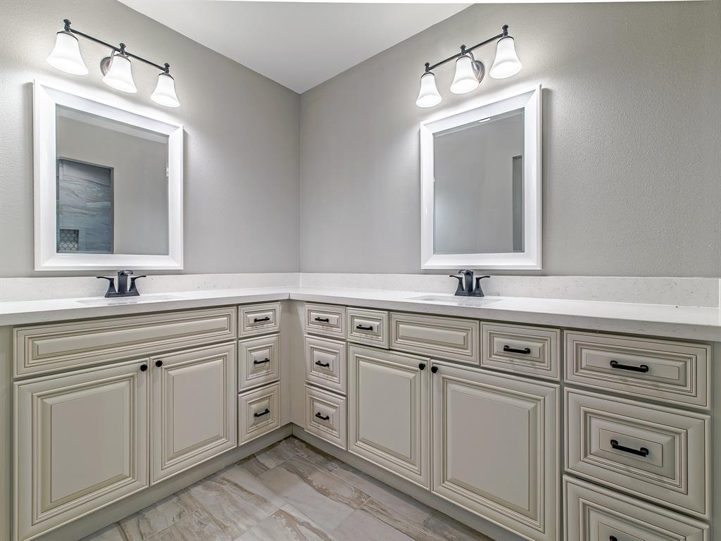 Renovated Home in Meyerland  | 5222 Braesheather Drive Houston, Texas 77096 18