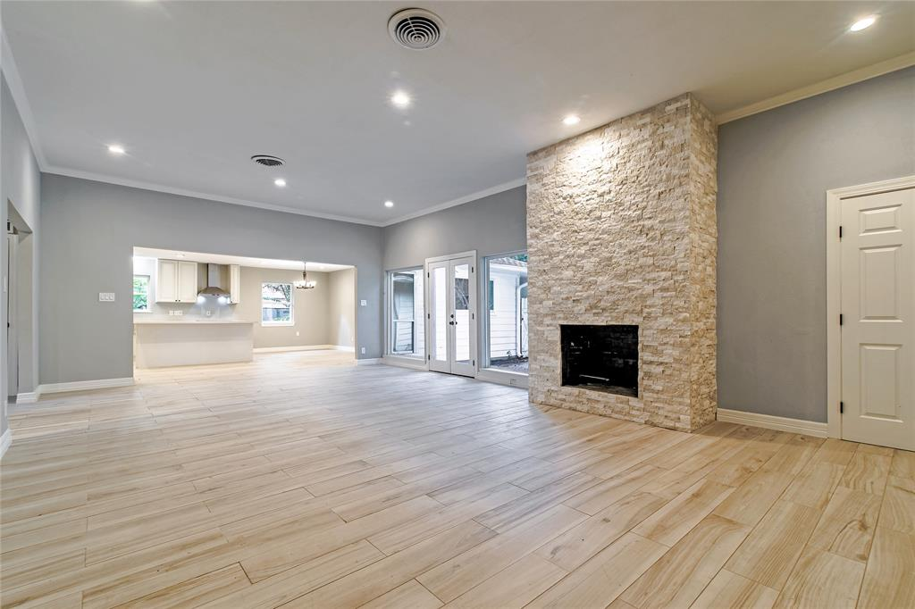 Renovated Home in Meyerland  | 5222 Braesheather Drive Houston, Texas 77096 4
