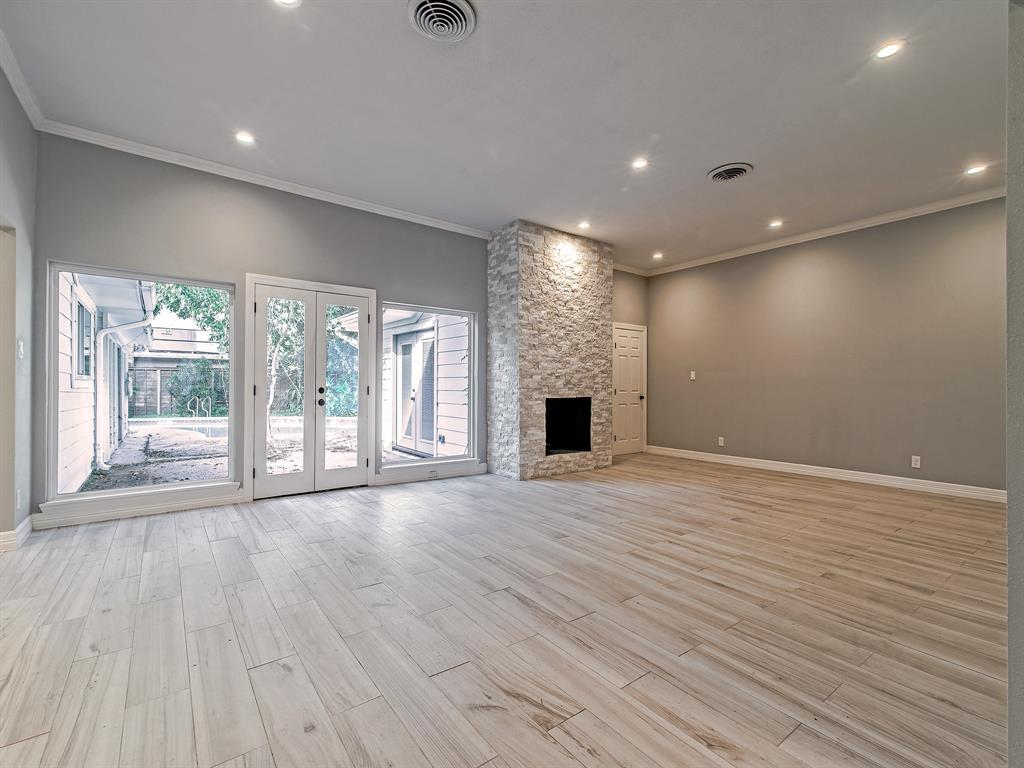 Renovated Home in Meyerland  | 5222 Braesheather Drive Houston, Texas 77096 9