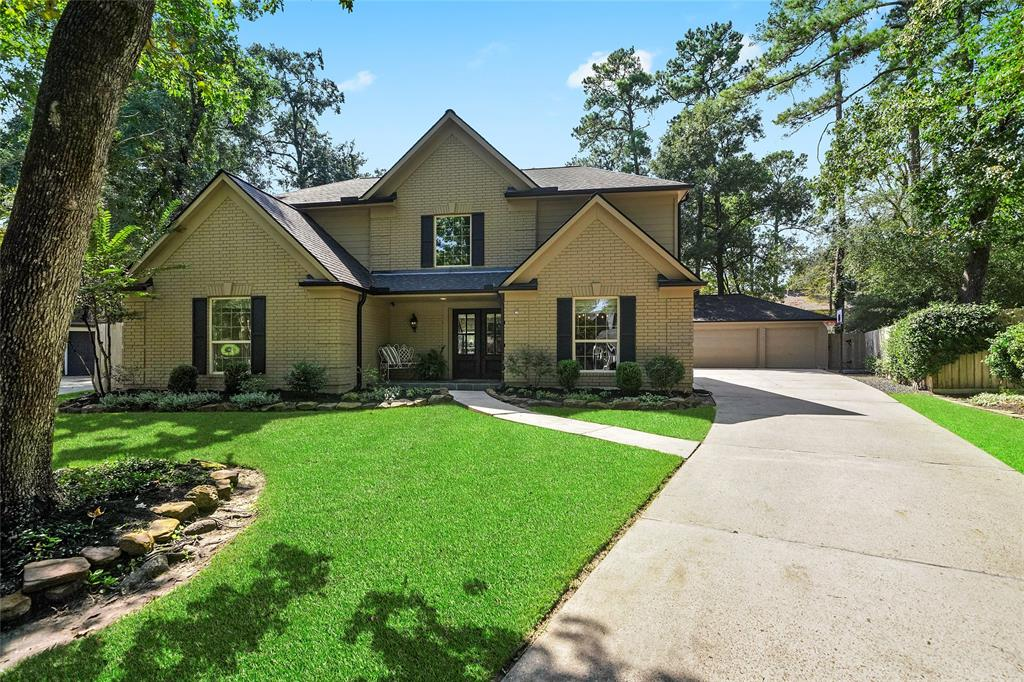Active | 27 Bending Branch  Place The Woodlands, TX 77381 1