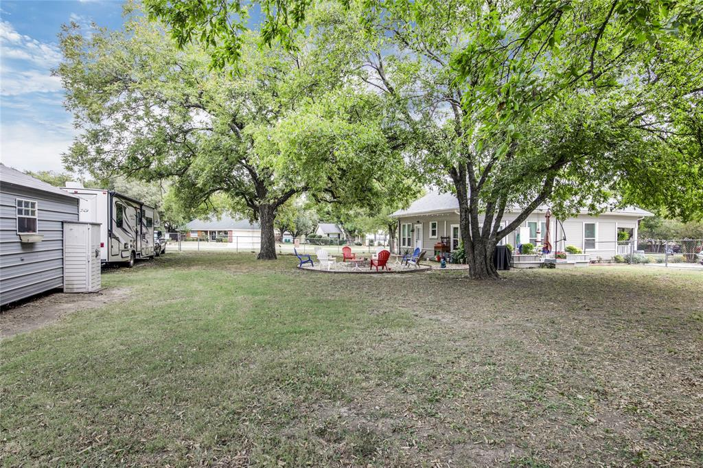 Sold Property | 215 Harmonson Avenue Justin, Texas 76247 12