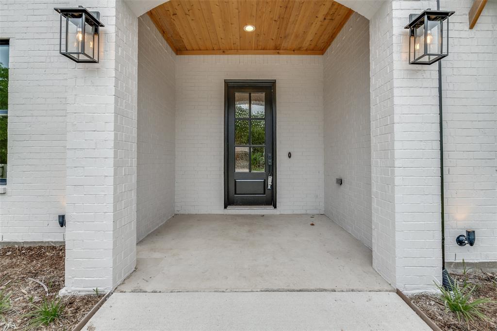 Active Option Contract   5813 Lyle  Street Westworth Village, TX 76114 1