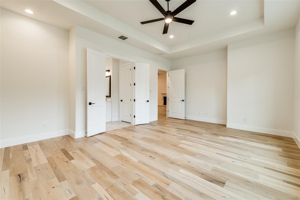 Active Option Contract   5813 Lyle  Street Westworth Village, TX 76114 13