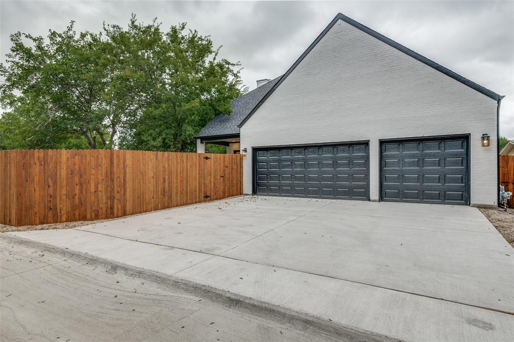Active Option Contract   5813 Lyle  Street Westworth Village, TX 76114 25
