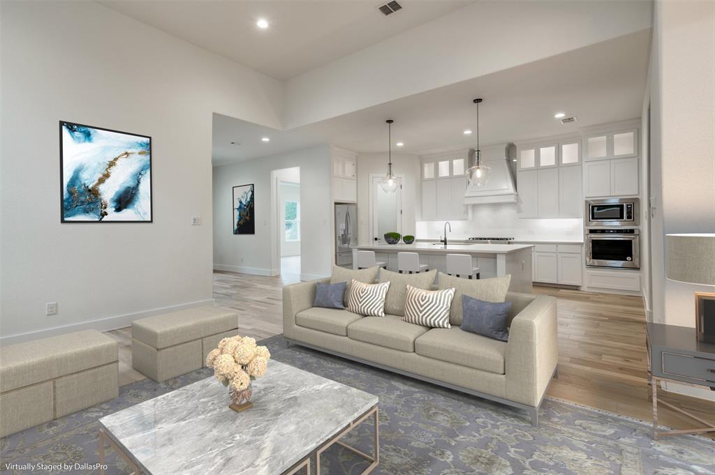 Active Option Contract   5813 Lyle  Street Westworth Village, TX 76114 4