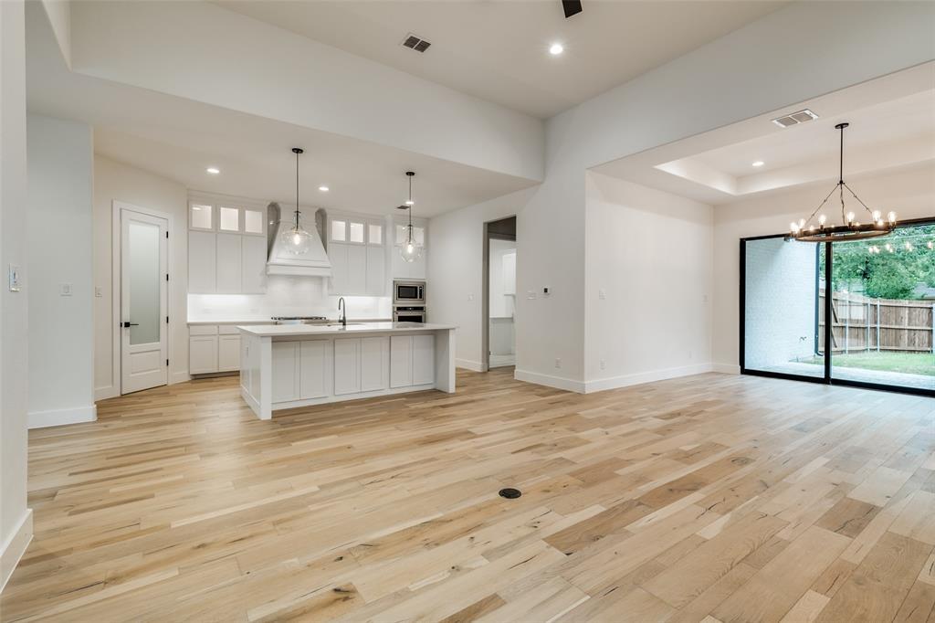 Active Option Contract   5813 Lyle  Street Westworth Village, TX 76114 9