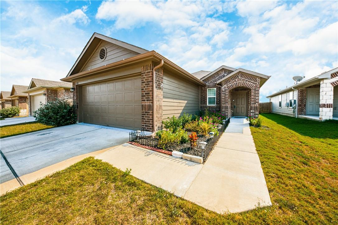 Pending | 14313 Almodine  Road Manor, TX 78653 1