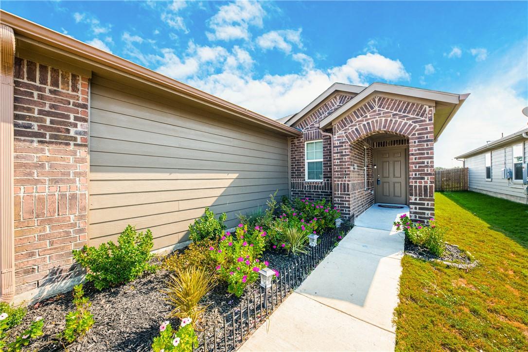 Pending | 14313 Almodine  Road Manor, TX 78653 2