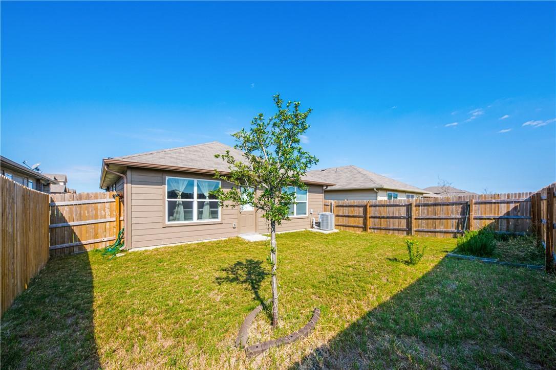 Pending | 14313 Almodine  Road Manor, TX 78653 20